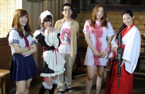 [Imagen: rape_zombie_mb06-e1325962765992.jpg]